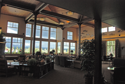 Copper River Lodge lobby