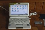 Eee PC screen and keyboard